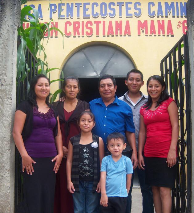 Carlos Humberto Sic and Sabina Valey de Sic